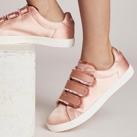 X Tretorn Carry Ii Sneakers | Poshmark